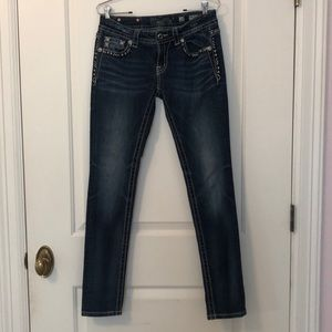 Women's size 28 Miss Me skinny jeans
